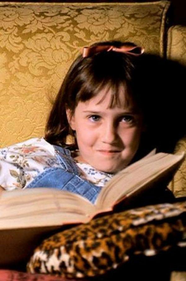 Veja o antes e o depois dos atores do filme Matilda
