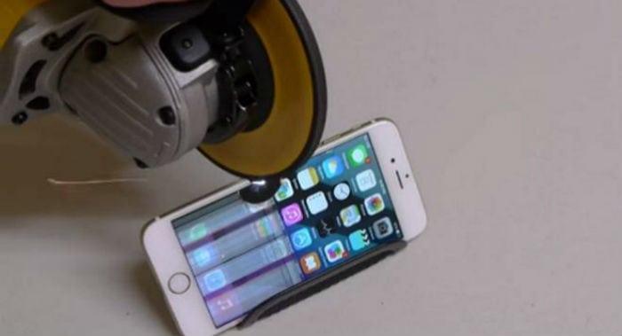 O que acontece quando um iPhone 6 é serrado ao meio (ou quase)? Veja