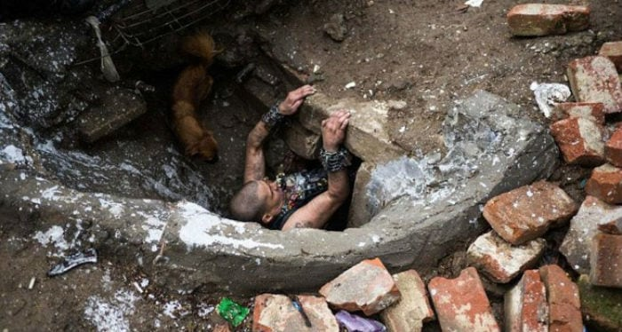 Conheça os moradores do esgoto na Romênia