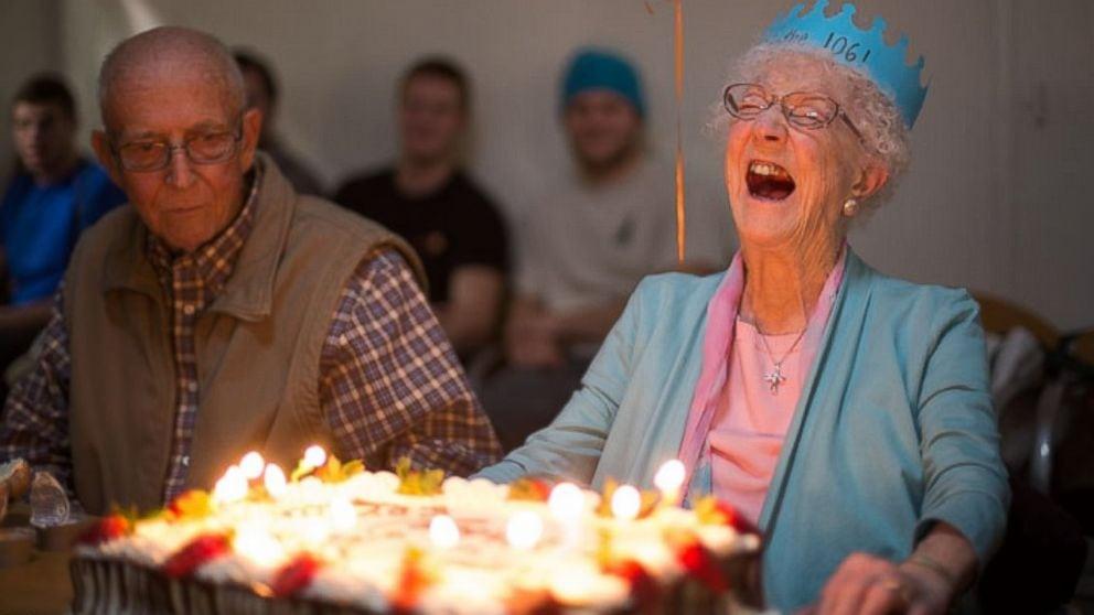 Conheça Edythe Kirchmaier, a mulher mais velha do Facebook