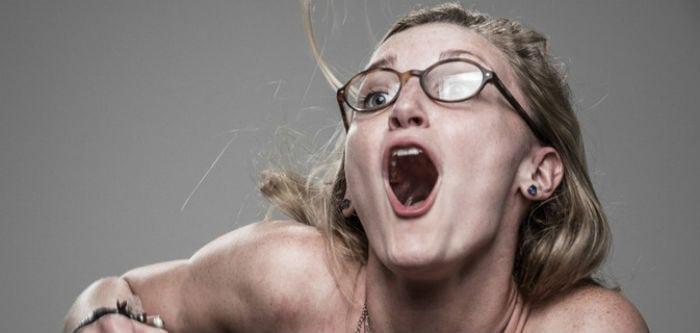 Vídeo hilário mostra a reação de pessoas sendo atingidas por ...