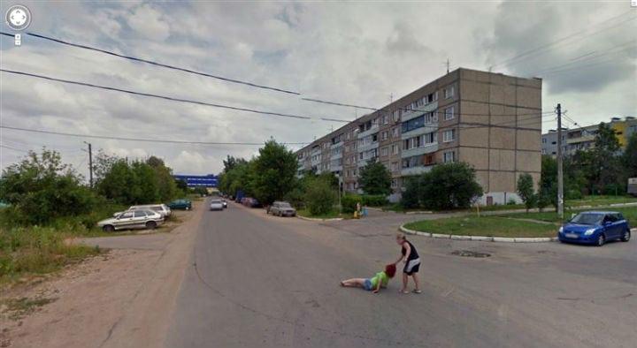 13 cenas estranhas flagradas pelas câmeras do Google Street View