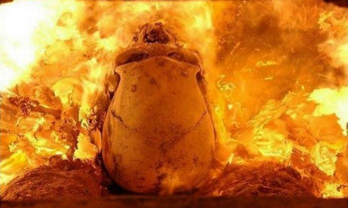 Como acontece a cremação de cadáveres?