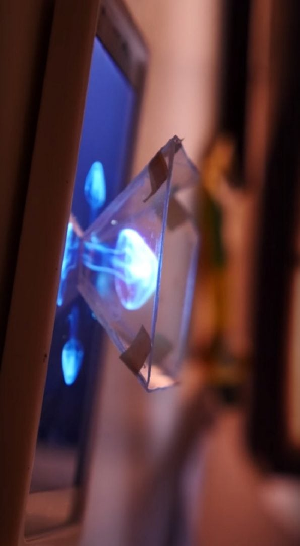 Descubra como projetar hologramas com seu celular