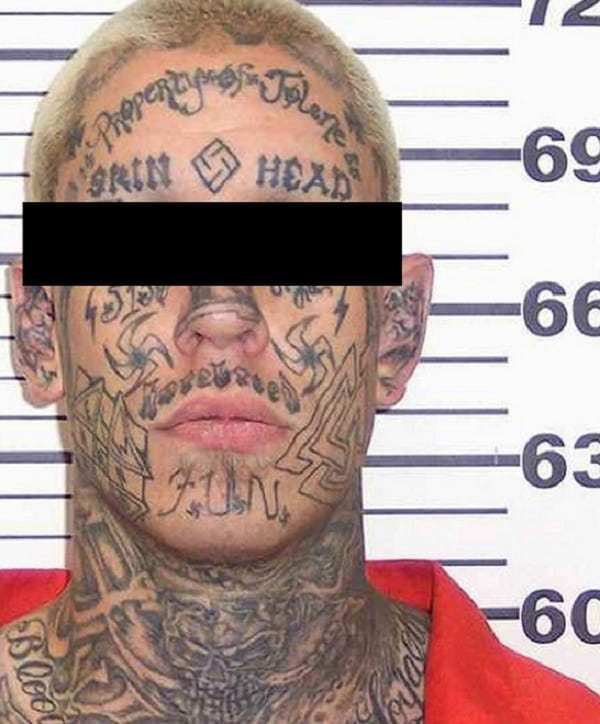 O verdadeiro significado das tatuagens de cadeia