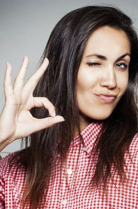6 formas de fazer as pessoas gostarem de você, segundo o FBI