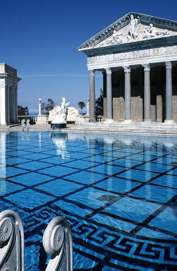 Conheça as 5 piscinas mais caras do mundo