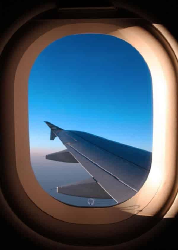 Por que as janelas dos aviões são sempre ovais?