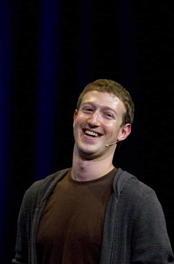 4 boatos sobre o Facebook que as pessoas sempre acreditam
