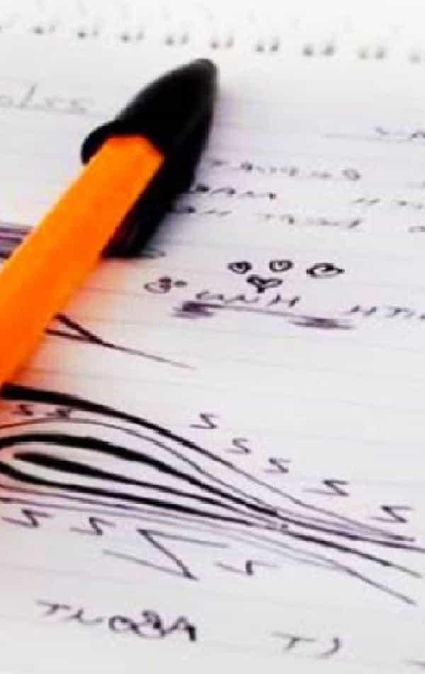 O significado dos rabiscos que você faz, sem pensar, no caderno