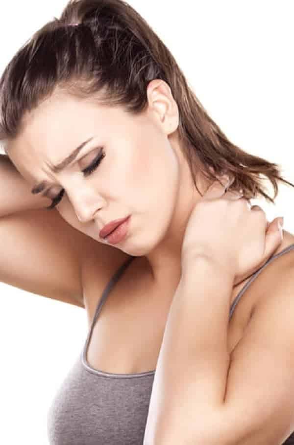 Como aliviar o torcicolo em apenas 20 segundos