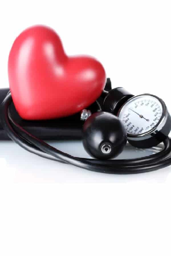 6 sintomas de pressão alta que as pessoas costumam ignorar