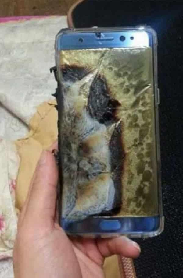 Por que as baterias de alguns smartphones explodem?