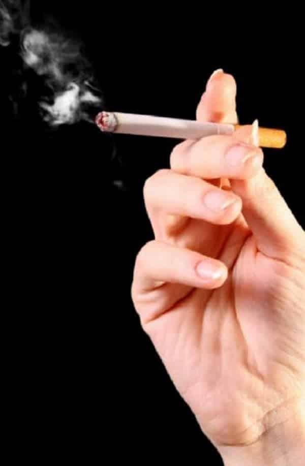 Veja como fica o pulmão de um fumante depois de 20 cigarros