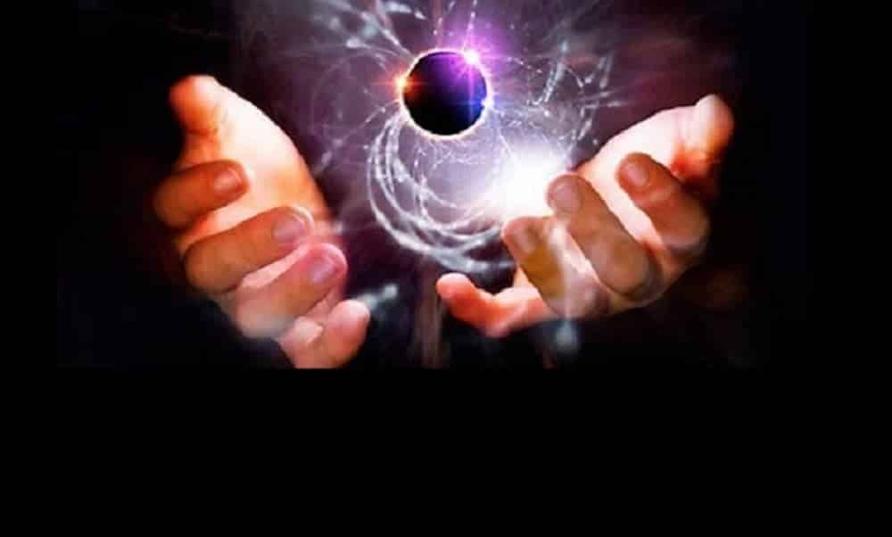 Cientista prova a existência de Deus e ganha prêmio