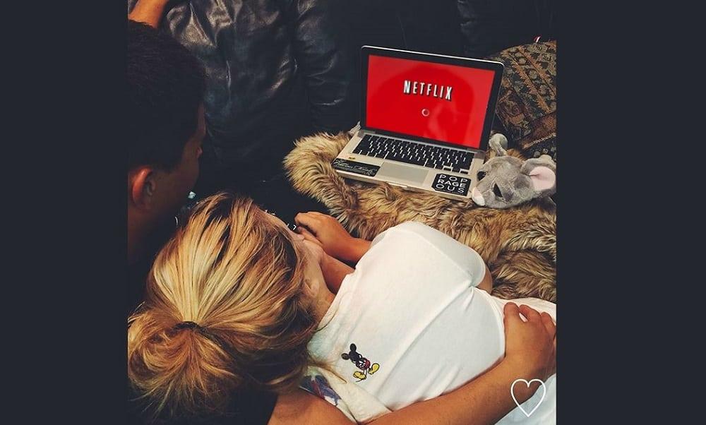 Dividir a conta da Netflix é sinal de relacionamento sério