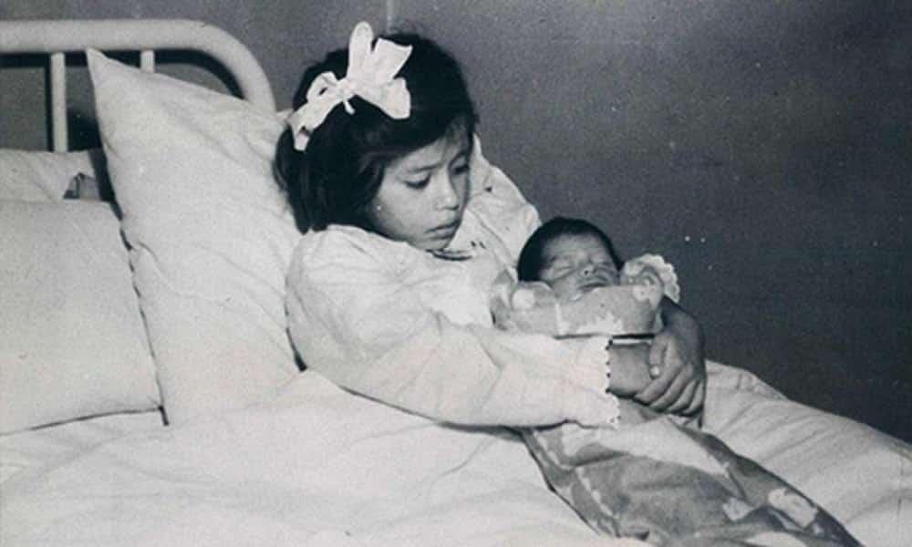 Conheça a mãe mais jovem do mundo, que deu à luz aos 5 anos de idade