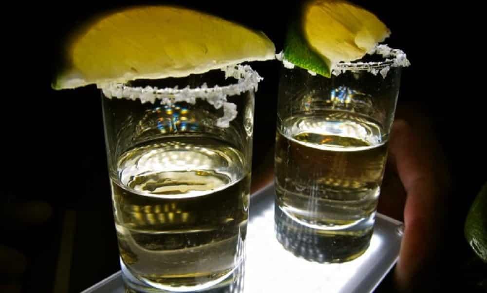 Uma dose de tequila todos os dias fortalece os ossos, segundo estudos