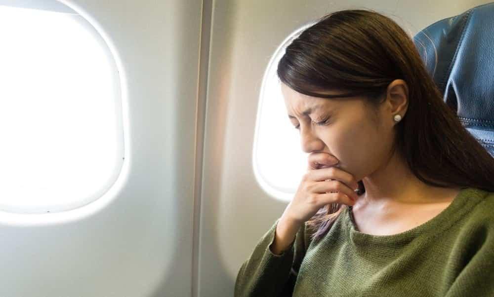 Coisas estranhas que acontecem com o corpo em uma viagem de avião