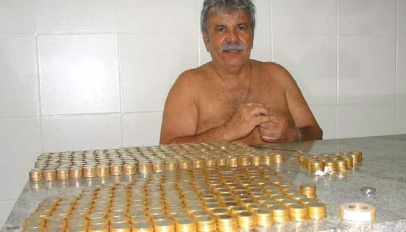 Homem para de fumar e guarda dinheiro do cigarro para viajar, reformar a casa e mais