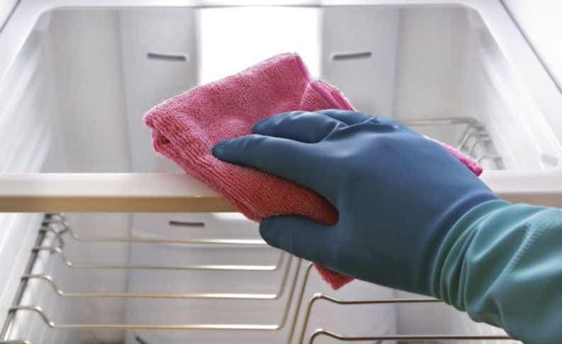 Cuidado, a limpeza de eletrodomésticos pode ser fatal