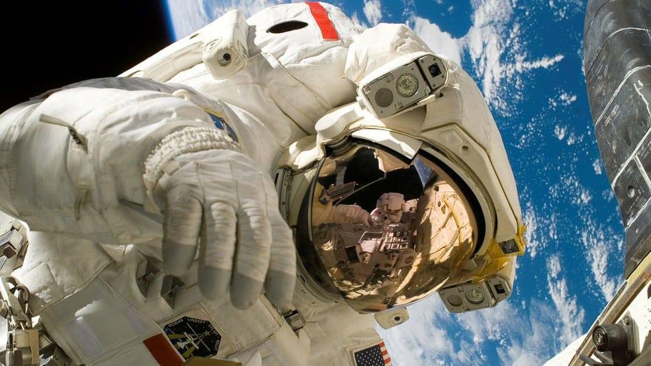 5 tecnologias médicas indispensáveis que nasceram no espaço