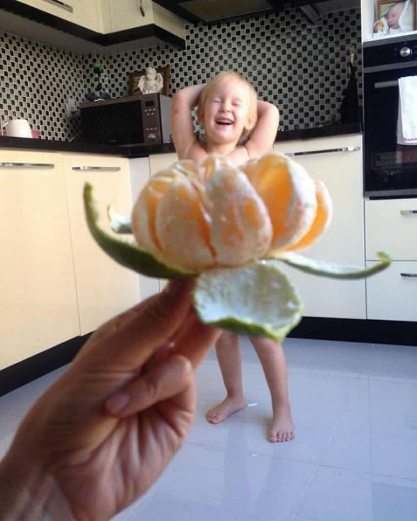 mae-filha-fotos-vestir-vegetais-frutas-perspectiva-fofo23