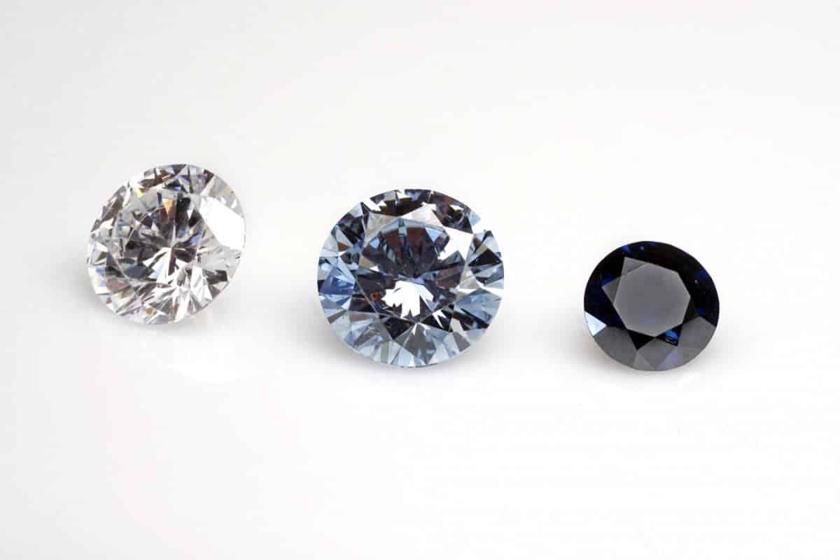 É assim que pessoas mortas estão sendo transformadas em belos diamantes azuis
