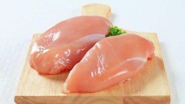Você precisa saber o que são essas tirinhas brancas do peito de frango