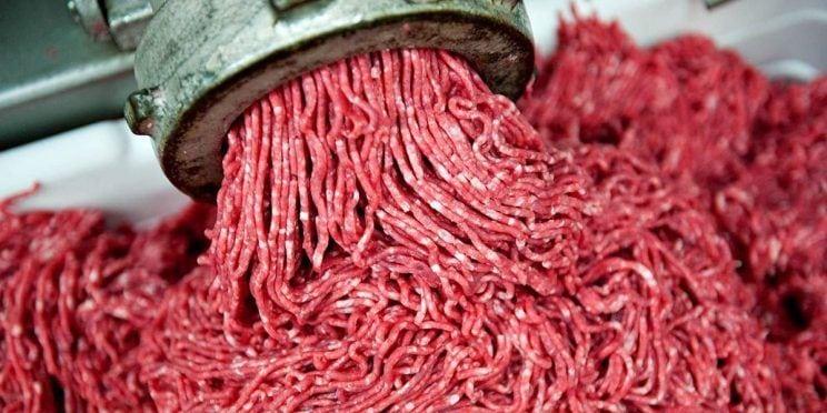 Pense duas vezes antes de comprar carne moída de novo