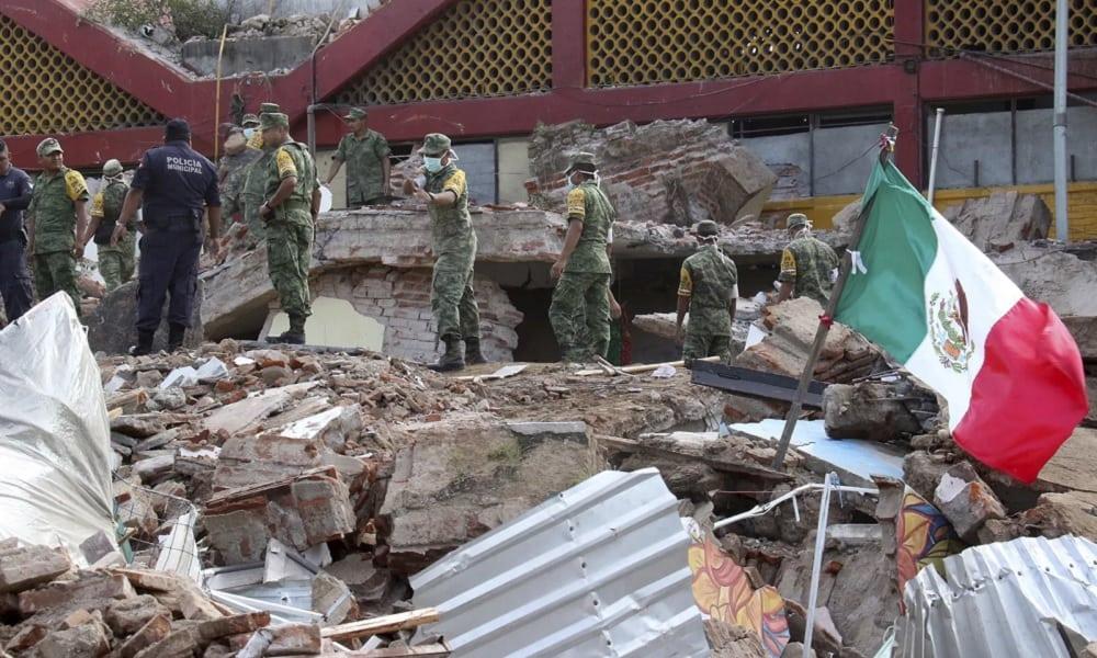 Veja estragos do terremoto no México, um dos mais potentes a atingir a América Latina