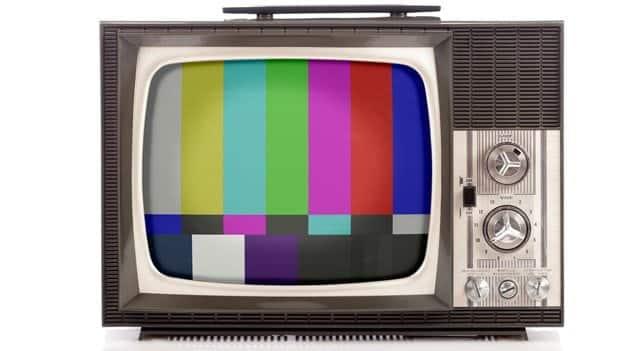 Em que ano a televisão foi inventada e onde aconteceu a primeira transmissão