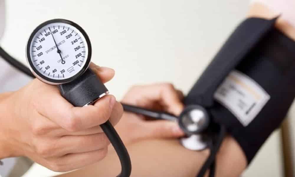 Quando a pressão é considerada alta? Entenda o que os médicos dizem