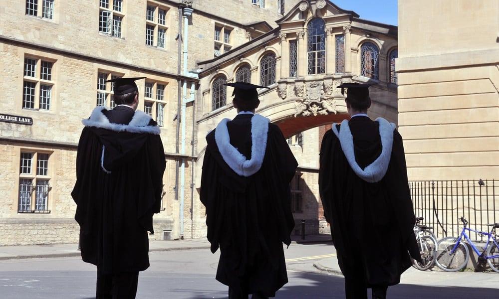 Você entraria na Universidade de Oxford? Descubra como é a seleção