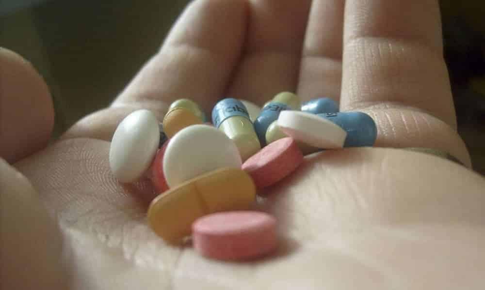 Antibióticos: 8 coisas que você precisa saber antes da próxima dose