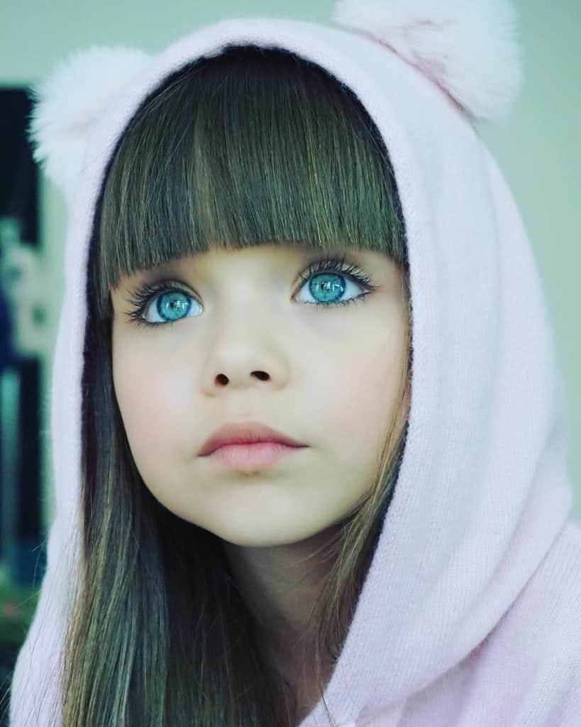 Foto de uma menina 78