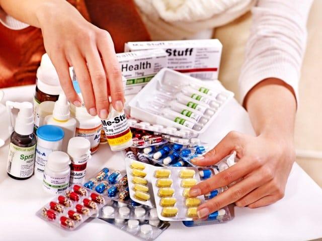 Remédio vencido: o que realmente acontece após o consumo?