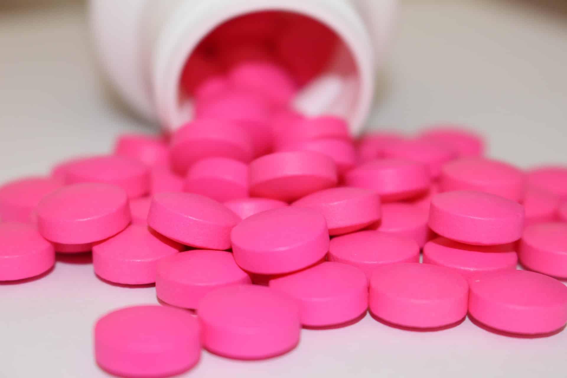 Fotografia de um remédio de lombrigas, o lombrigueiro