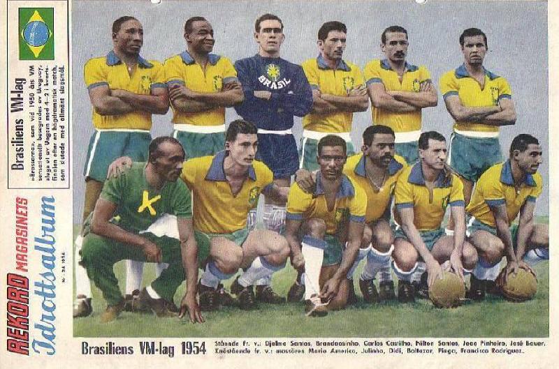 O jogador com mais número de jogos pela seleção brasileira é Cafu. Ao todo 034fed2e7b6ff