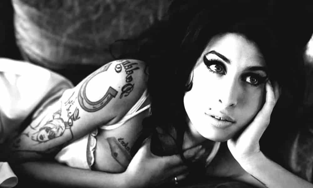 7 anos sem Amy Winehouse: 10 fatos sobre a cantora que você não sabia