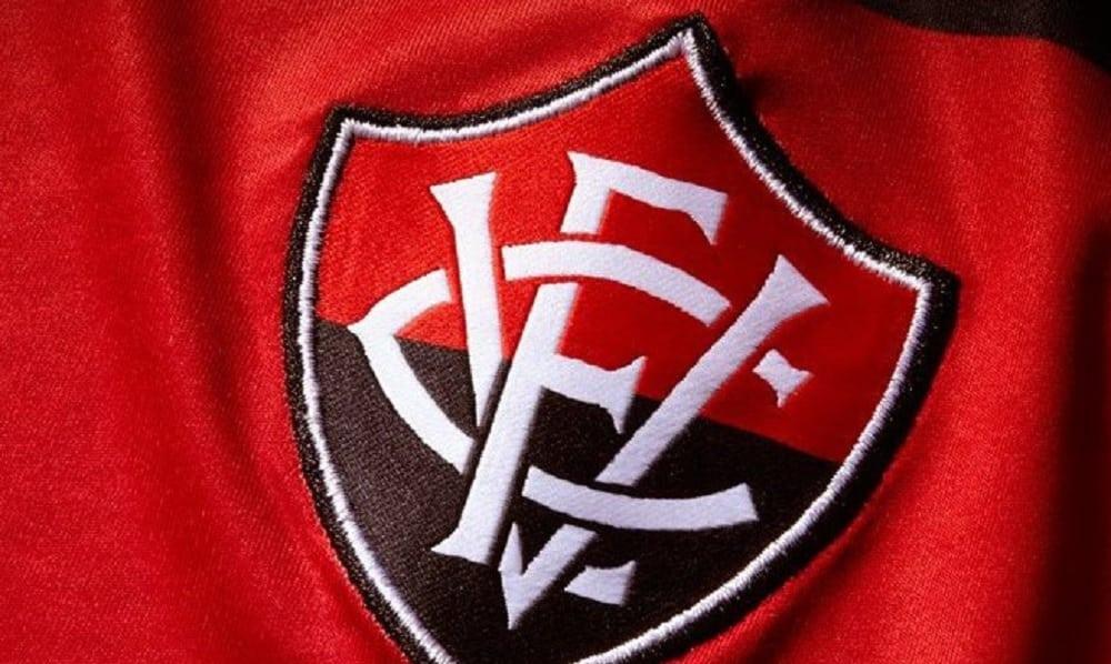 Você consegue reconhecer todos esses escudos de times brasileiros?