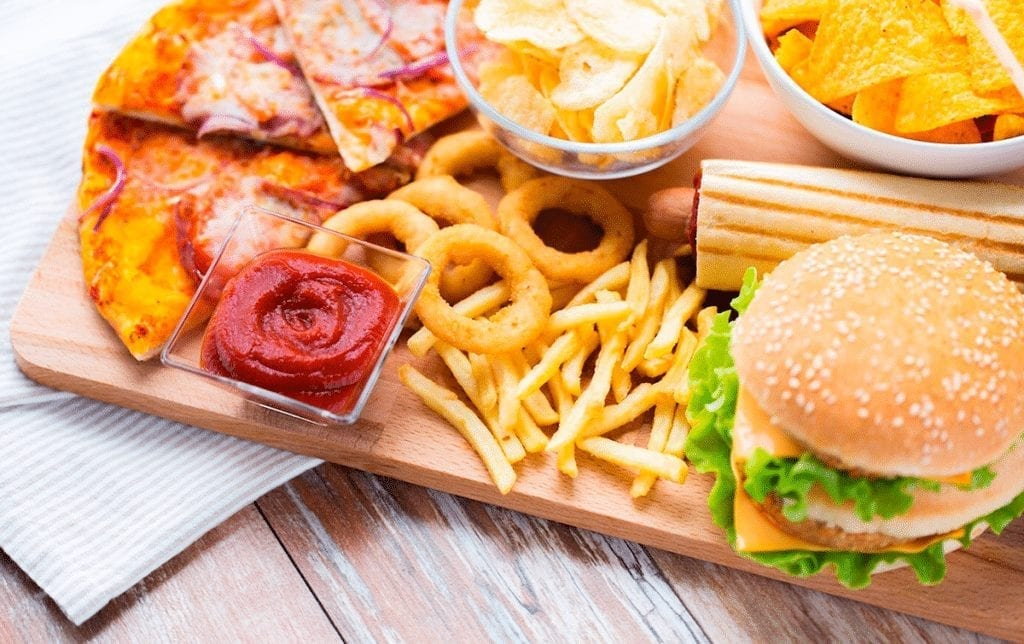 O que a fritura causa no organismo e porque parar de comer hoje