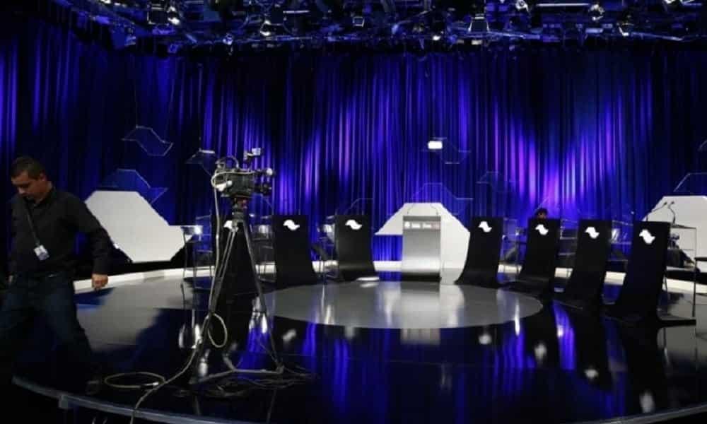 Debate no SBT: assista AO VIVO ao debate dos presidenciáveis