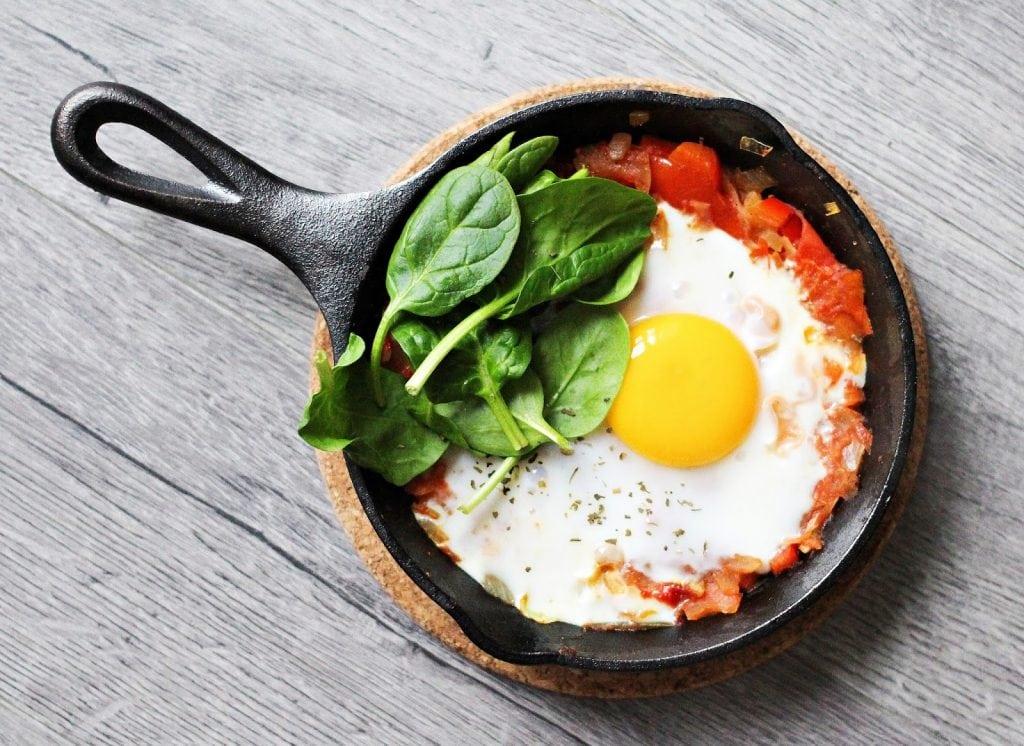 O que acontece se você comer clara de ovo durante uma semana?
