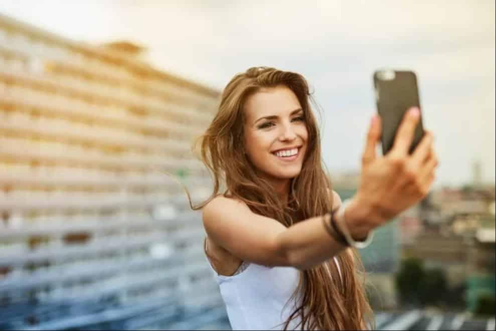 15 ótimas dicas para você tirar fotos excelentes de si mesma!
