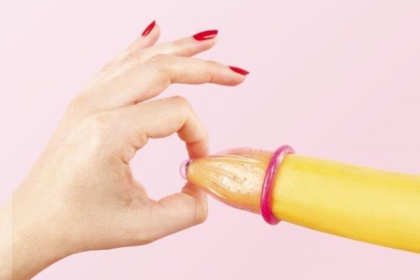 8 coisas que você deveria saber sobre a camisinha