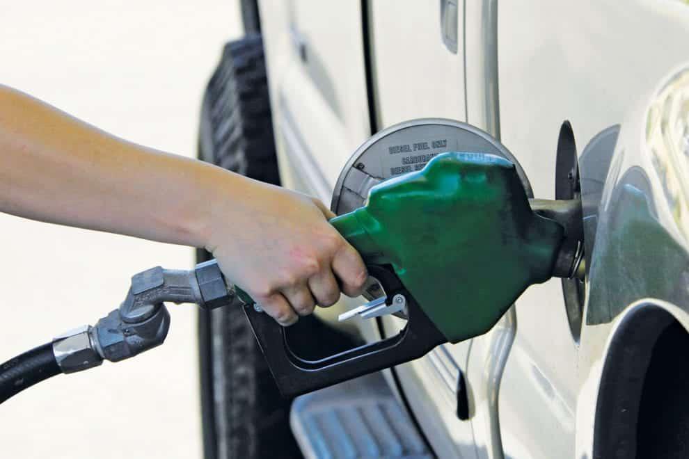"""A primeira metade do tanque de combustível """"gasta"""" mais devagar?"""