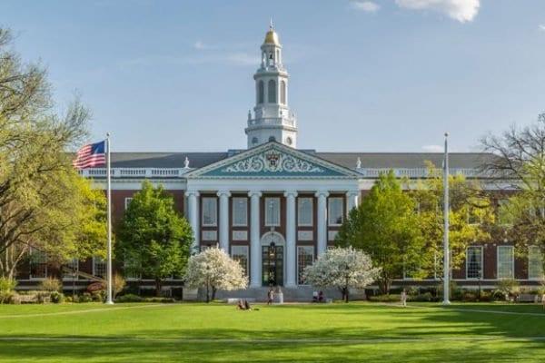 Quando você pagaria para entrar nas melhores universidades do mundo?
