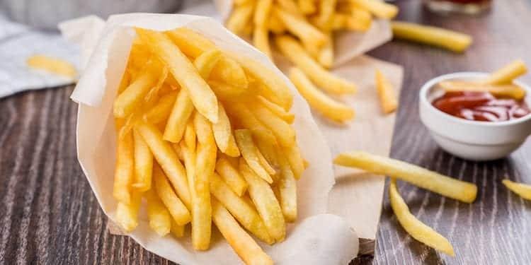 10 comidas junk food que fazem a cabeça dos brasileiros