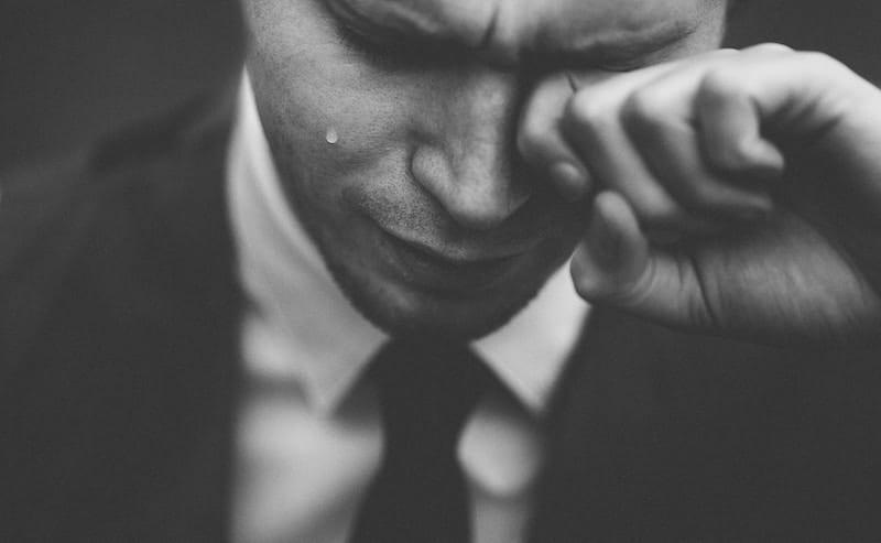 Como lidar com o luto pela morte de alguém que ama?